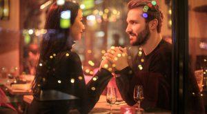 kobieta i mężczyzna na randce